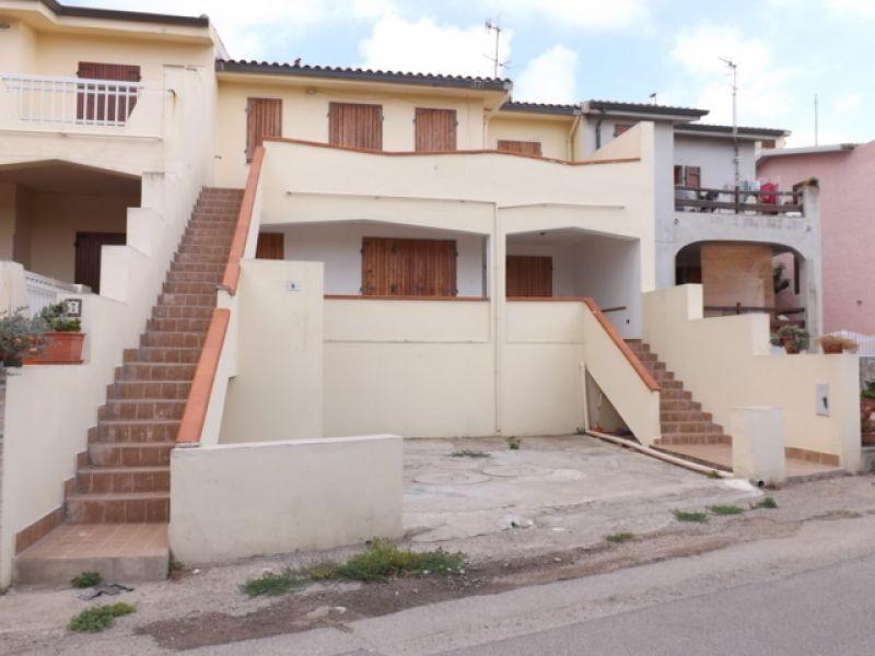 Agenzia immobiliare minvicase for Due garage di storia in vendita